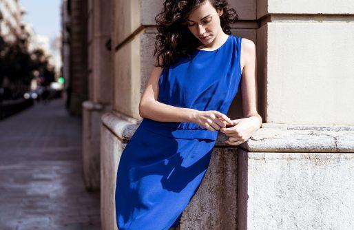 Mode sukienki klasyczne do pracy